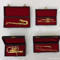 Instrumentos musicales: LOTE 4 INSTRUMENTOS VIENTO DE METAL EN MINIATURA 13-15 CM CON SU ESTUCHE TROMPETA SAXO TROMBON TUBA. Lote 254083265