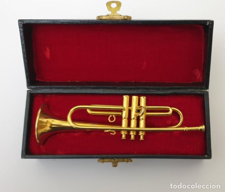 Instrumentos musicales: LOTE 4 INSTRUMENTOS VIENTO DE METAL EN MINIATURA 13-15 CM CON SU ESTUCHE TROMPETA SAXO TROMBON TUBA - Foto 3 - 254083265