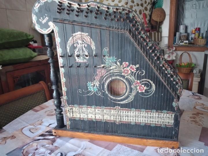 ANTIGUA CITARA , CONCERT MANDOLIN ZITHER 80 CUERDAS, MADERA POLICROMADA. (Música - Instrumentos Musicales - Cuerda Antiguos)