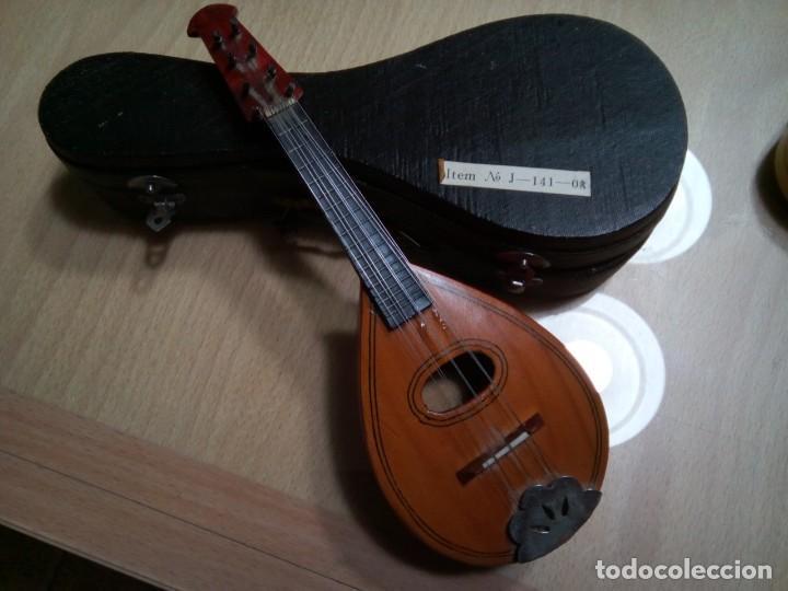 MANDOLINA EN MINIATURA CON ESTUCHE.20 CM. (RF :VG/E) (Música - Instrumentos Musicales - Cuerda Antiguos)