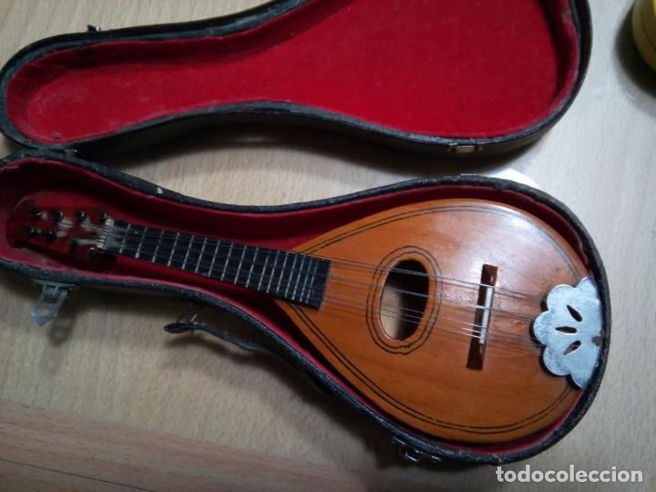 Instrumentos musicales: MANDOLINA EN MINIATURA CON ESTUCHE.20 CM. (Rf :VG/e) - Foto 5 - 254734120