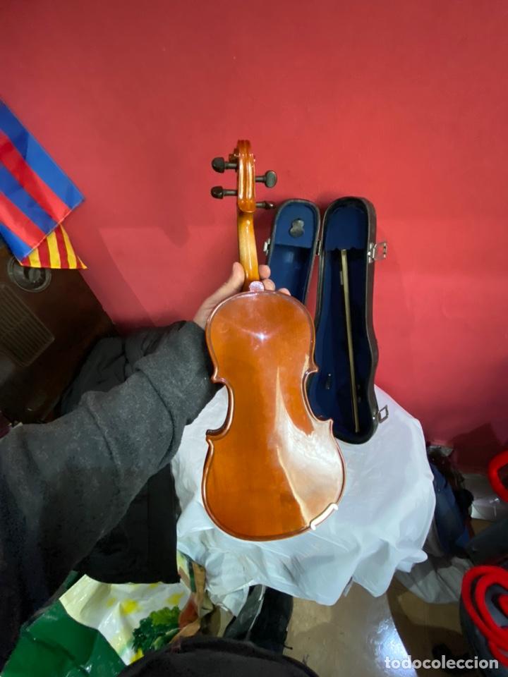 Instrumentos musicales: Antiguo violín de niño - Foto 2 - 254916565