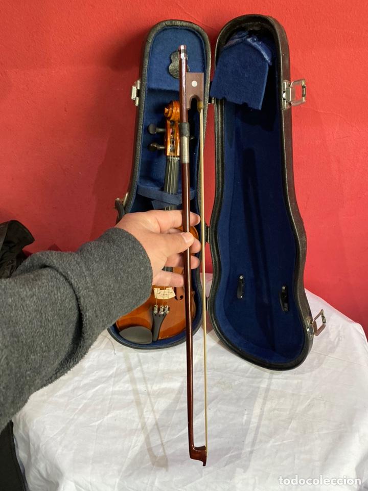 Instrumentos musicales: Antiguo violín de niño - Foto 8 - 254916565