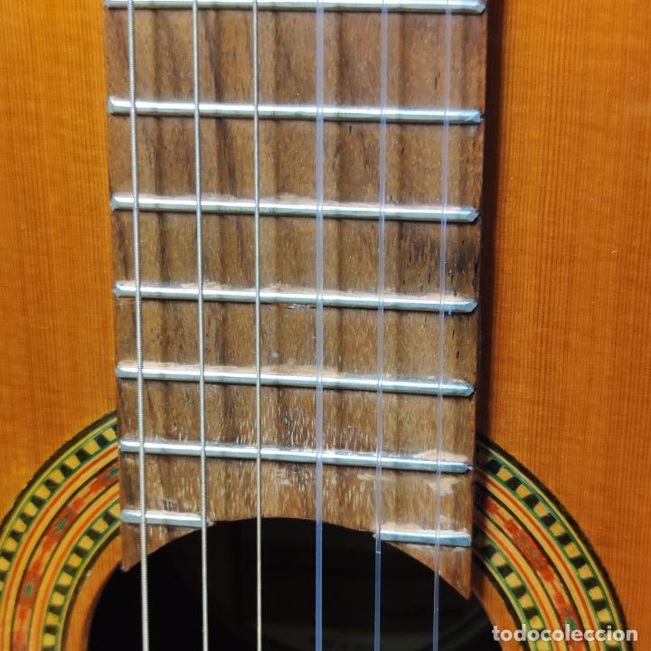 Instrumentos musicales: Guitarra española clásica. Garrido. Madrid. Revisada y recién encordada. Bonito sonido flamenco. - Foto 7 - 257957910