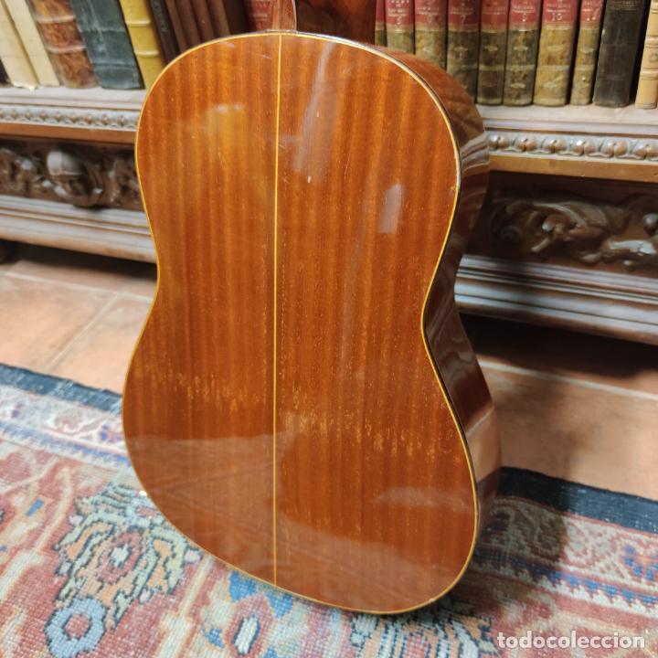 Instrumentos musicales: Guitarra española clásica. Garrido. Madrid. Revisada y recién encordada. Bonito sonido flamenco. - Foto 11 - 257957910