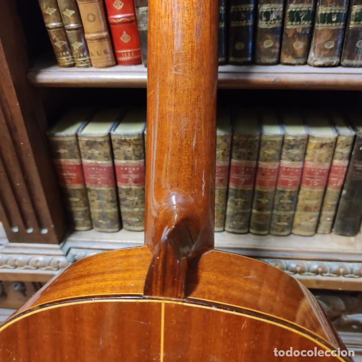 Instrumentos musicales: Guitarra española clásica. Garrido. Madrid. Revisada y recién encordada. Bonito sonido flamenco. - Foto 13 - 257957910