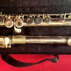 Instrumentos musicales: FLAUTA CON FUNDA SULLIVAN.LE FALTA UNA PIEZA VER FOTOS. Lote 261801480