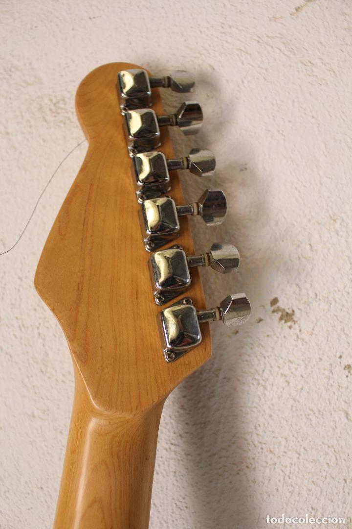 Instrumentos musicales: GUITARRA ELECTRICA ZIPY BLANKENBURC - Foto 4 - 262165720