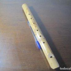 Instrumentos musicales: FLAUTA ARTESANAL DE CAÑA. Lote 262364995