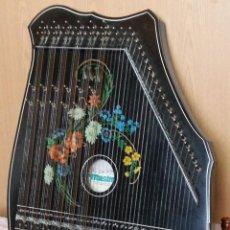Instrumentos musicales: CÍTARA ALPINA. CITARA DE ARPA. MARCA MUSINA. ORIGEN ALEMANIA.. Lote 262366200