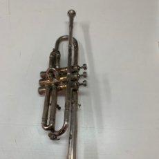 Instrumentos musicales: TROMPETA EN METAL PLATEADO MARCA COUESNON & CO. PARÍS.. Lote 262529170