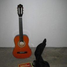 Instrumentos musicales: GUITARRA CLASICA CLIFTON CON CURSO DE GUITARRA Y FUNDA.. Lote 263574670