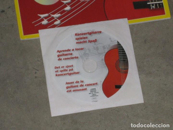 Instrumentos musicales: Guitarra clasica Clifton con curso de guitarra y funda. - Foto 3 - 263574670