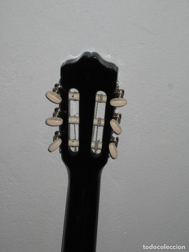 Instrumentos musicales: Guitarra clasica Clifton con curso de guitarra y funda. - Foto 13 - 263574670