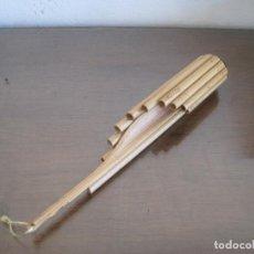 Instrumentos musicales: CURIOSA FLAUTA DE PAN PERUANA CIRCULAR. Lote 263640730
