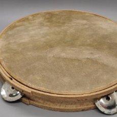 Instrumentos musicales: ANTIGUA PANDERETA EN MADERA Y MEMBRANA EN PIEL DE CORDERO. Lote 265414404