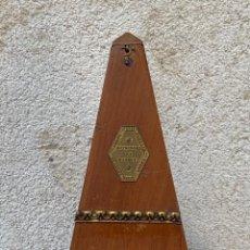 Instrumentos musicales: METRONOMO DE MAELZEL PARIS PROSPER COLAS Nº18167 S XIX 23X11X11CMS. Lote 265505809