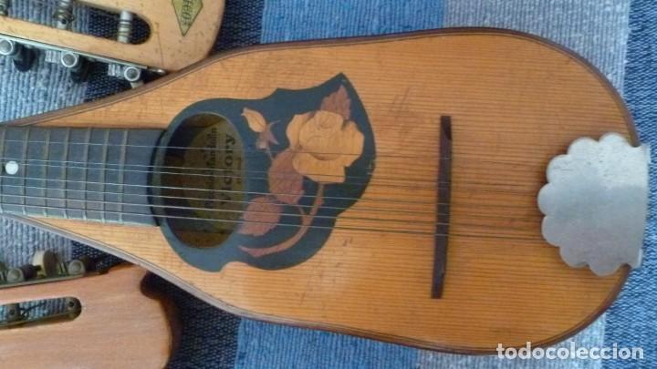 Instrumentos musicales: 7 mandolinas del XIX-XX - Foto 9 - 265549569