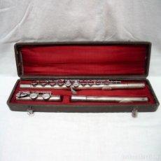 Instruments Musicaux: ANTIGUA FLAUTA TRAVESERA METAL O ALPACA BAÑADA EN PLATA, CON ESTUCHE O MALETÍN. CON MARCA Y NUMEROS.. Lote 265574499