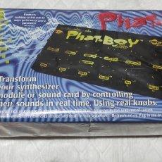 Instrumentos musicales: PHAT-BOY - CONTROLADOR MIDI - NUEVO. Lote 266045858