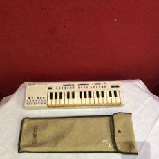 Instrumentos musicales: TECLADO CASIO PT-20 ELECTRONIC MUSICAL INSTRUMENT CON FUNDA . VER FOTOS. Lote 266524423
