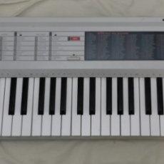 Instrumentos musicales: ANTIGUO TECLADO HORNER PSK35. FUNCIONA PERO, PARA PIEZAS O RESTAURAR.. Lote 267319914