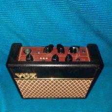 Instrumentos musicales: AMPLIFICADOR VOX AC1 RV, 66 PATRONES DE RITMO,IDEAL PARA GUITARRA, PEQUEÑO Y PRÁCTICO. Lote 268797589