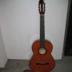 Instrumentos musicales: GUITARRA CLASICA CON SU FUNDA. LEYENDA. SPAIN.. Lote 268889414