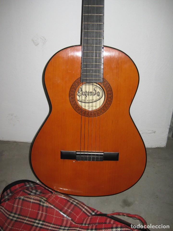 Instrumentos musicales: Guitarra clasica con su funda. Leyenda. Spain. - Foto 2 - 268889414