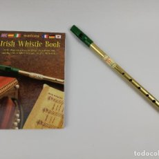 Instrumentos musicales: WALTONS IRISH WHISTLE LIBRO Y FLAUTA. Lote 269293983