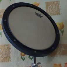 Instrumentos musicales: REMO PRACTIQUE PAD CON TRIPODE. Lote 270901238