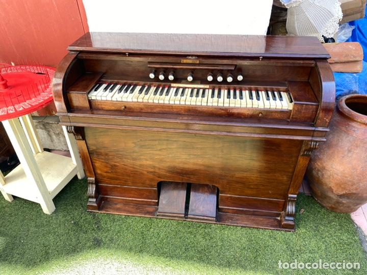 ORGANO ALBERDI - AÑO 1920 . PARA RESTAURAR VER FOTOS (Música - Instrumentos Musicales - Pianos Antiguos)