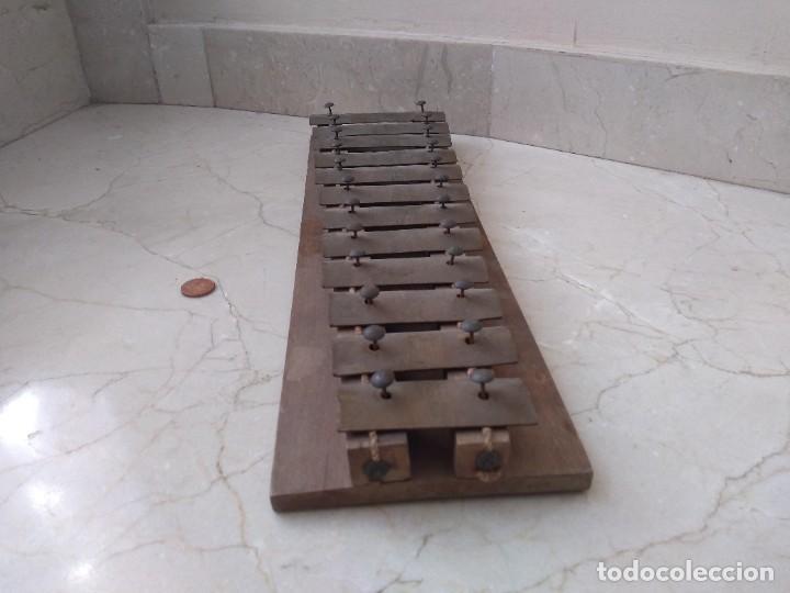 Instrumentos musicales: Antiguo instrumento xilofono autentico - Foto 2 - 271879863