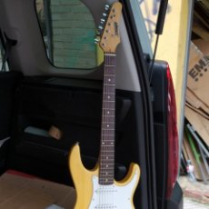 Instrumentos musicales: GUITARRA STORM. Lote 272010233
