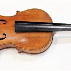 Instruments Musicaux: VIOLÍN ANTIGUO CON SU CAJA Y UN ARCO. Lote 272426513