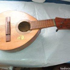 Instrumentos musicales: BANDURRIA ANTIGUA DE CLAVIJAS. Lote 272743428