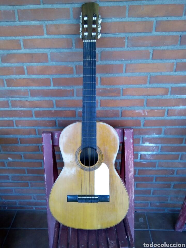 Instrumentos musicales: Magnífica guitarra española maciza. - Foto 3 - 273469378