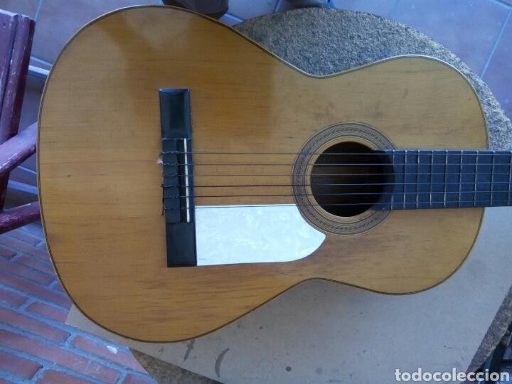 Instrumentos musicales: Magnífica guitarra española maciza. - Foto 8 - 273469378