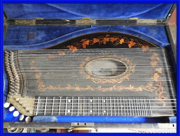 ANTIGUA CITARA CON MARQUETERIA DE KERSCHENSTEINER (Música - Instrumentos Musicales - Cuerda Antiguos)