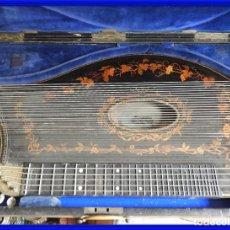 Instrumentos musicales: ANTIGUA CITARA CON MARQUETERIA DE KERSCHENSTEINER. Lote 273975998