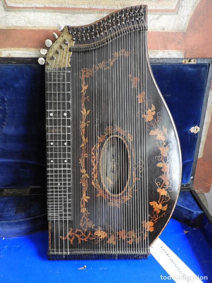Instrumentos musicales: ANTIGUA CITARA CON MARQUETERIA DE KERSCHENSTEINER - Foto 11 - 273975998