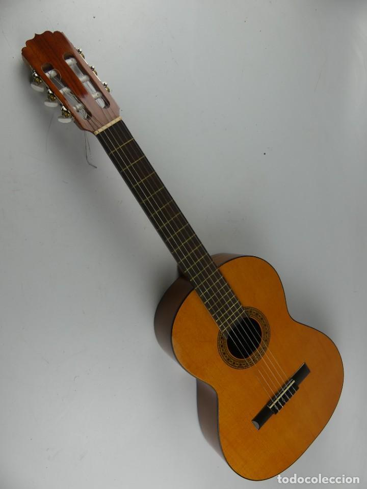 GUITARRA ESPAÑOLA SERENA MODELO 19 AÑO 1999 (Música - Instrumentos Musicales - Guitarras Antiguas)