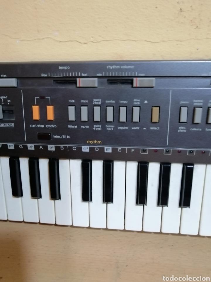 Instrumentos musicales: PIANO ELÉCTRICO CASIO MT_800 - Foto 3 - 275249013