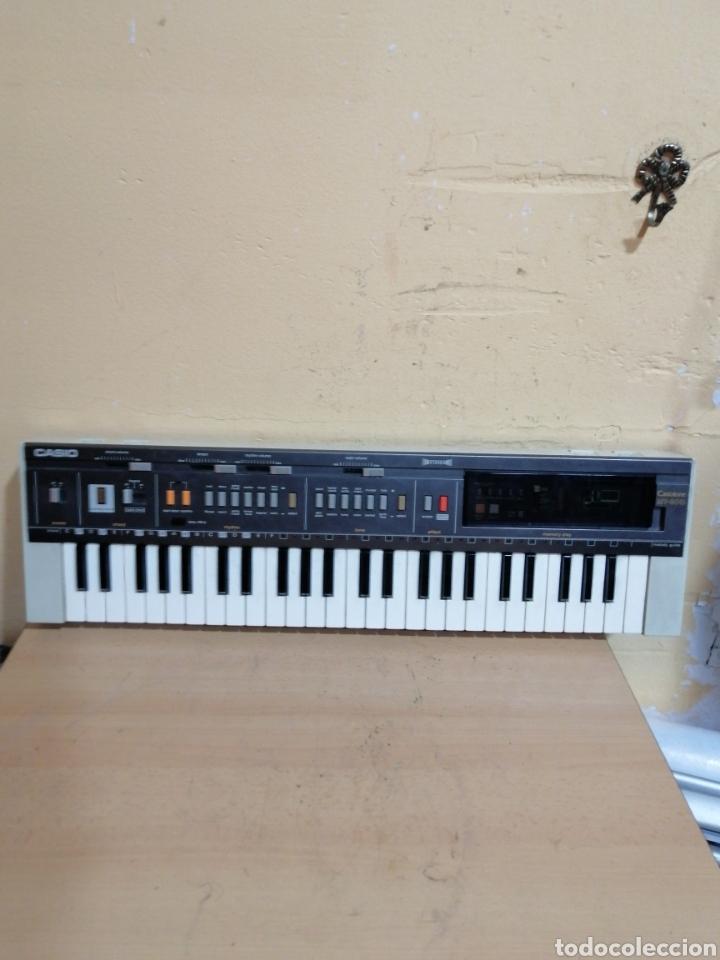 PIANO ELÉCTRICO CASIO MT_800 (Música - Instrumentos Musicales - Teclados Eléctricos y Digitales)