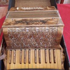 Instrumentos musicales: ANTIGUO ACORDEÓN. Lote 275602863