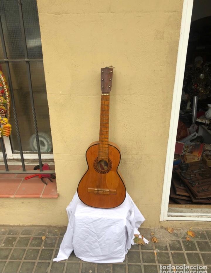 GUITARRA ANTIGUA FLAMENCA MANOFACTURAS AMANO . TALLA MEDIANA . PIEZA COLECCIONABLE .AÑOS 40/50 (Música - Instrumentos Musicales - Guitarras Antiguas)