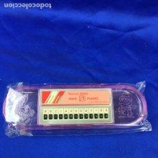 Instrumentos musicales: MINI PIANO ELECTRICO ESTUCHE ECHO. Lote 276650138