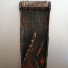 Instrumentos musicales: INSTRUMENTO DE MADERA 10 CUERDAS. Lote 278195623