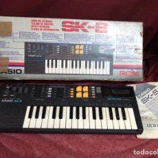 Instrumentos Musicais: PIANO CASIO SK-8 FUNCIONANDO. Lote 278610543