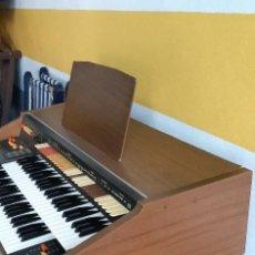 Instrumentos musicales: ORGANO VINTAGE PHILIPS PHILICORDA MAGIC. Lote 278833493